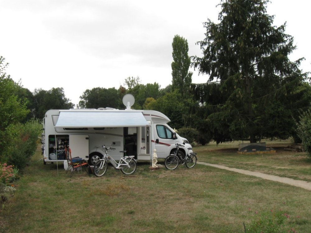 Aire camping-car à Noizay (37210) - Photo 4